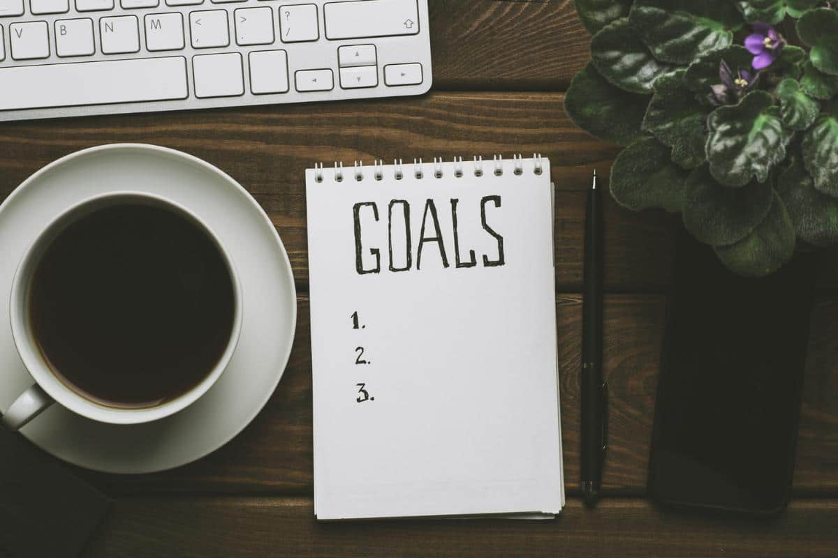 Setting Unique, Achievable Daily and Weekly Couple Goals