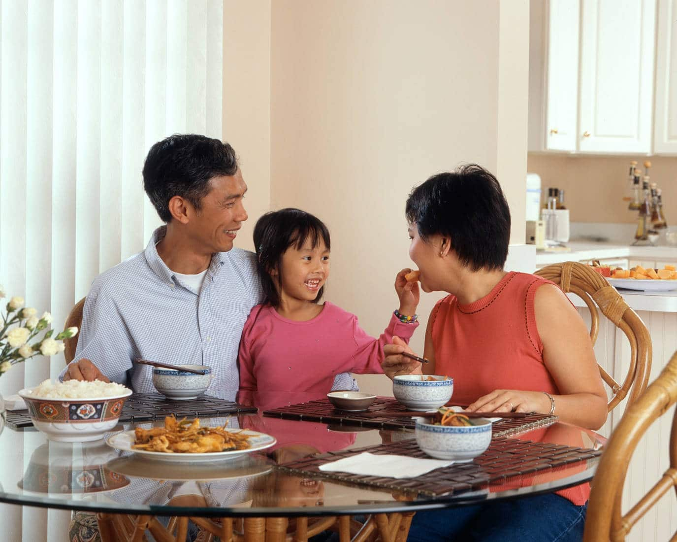 3 Genuine Ways to Create Connection During Family Date Night